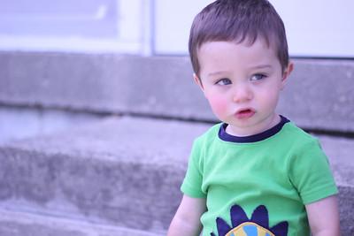 2012_0531 Baby Sitting Charlie