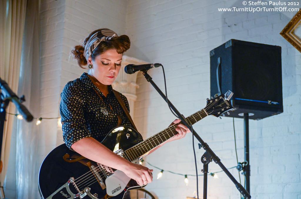 Melanie Brulee @ Underground Art Party @ Loft 404, Toronto, ON, 3-September 2012