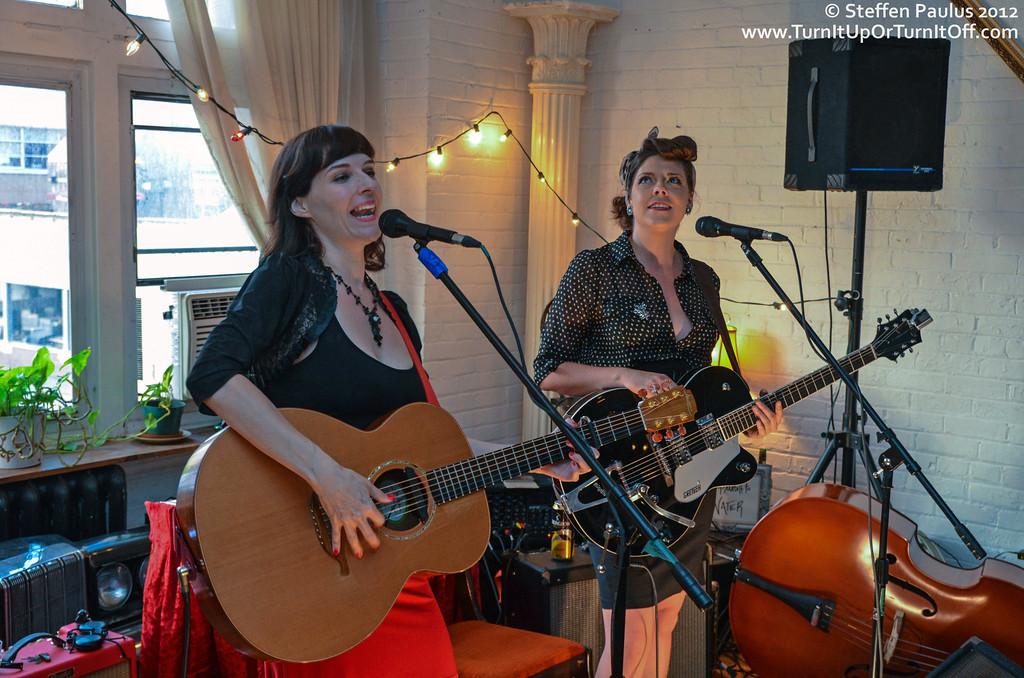 Kristin Sweetland & Malnie Brulee @ Underground Art Party @ Loft 404, Toronto, ON, 3-September 2012