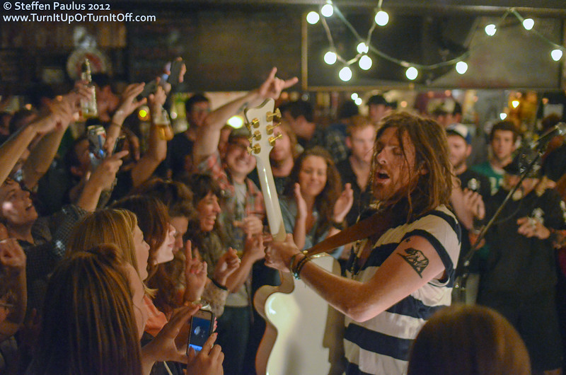 Matt Mays @ Dakota Tavern, Toronto, ON, 4-September 2012