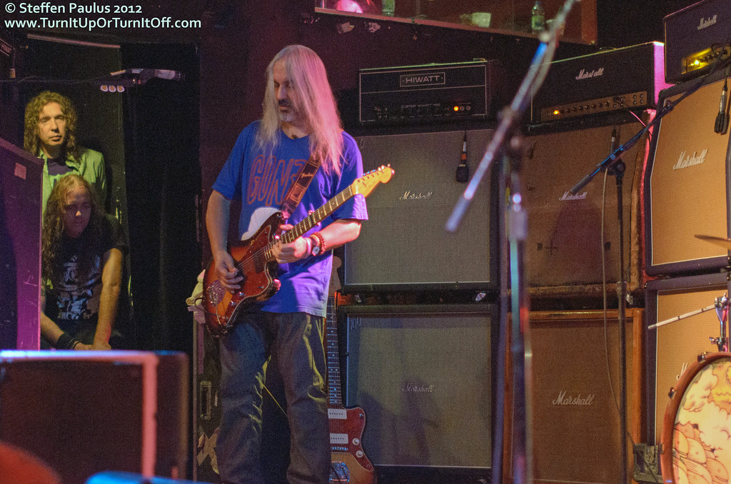 Dinosaur Jr @ Lee's Palace, Toronto, ON, 24-September 2012
