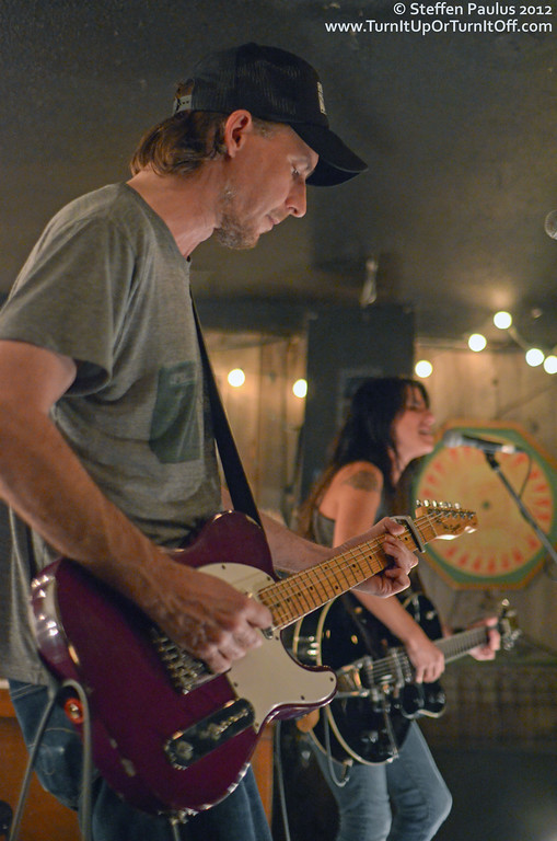 Romi Mayes @ Dakota Tavern, Toronto, ON, 25-Oct 2012