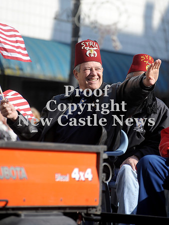 Courtney Caughey-Stambul/NEWS<br /> A member of Lawrence County's Shriners waves to spectators.