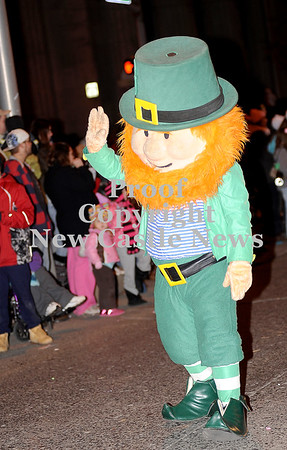 Courtney Caughey-Stambul/NEWS<br /> A leprechaun waves to spectators.