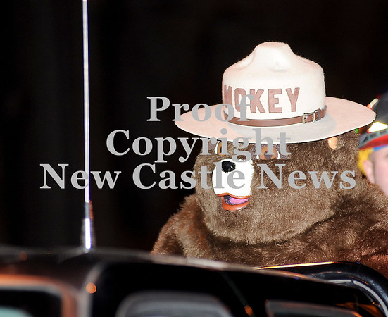 Courtney Caughey-Stambul/NEWS<br /> Smokey the Bear makes an appearance at Light Up Night.