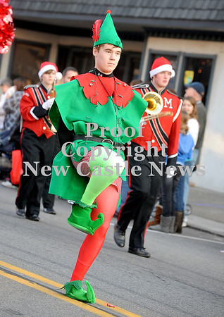 Courtney Caughey-Stambul/NEWS<br /> A student in the Mohawk Warrior Marching Band wears an elf costume.