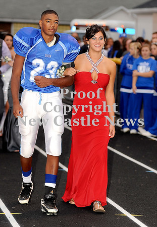 Courtney Caughey-Stambul/NEWS<br /> Union's Allison Bertolino escorted by Tre Major.
