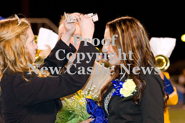 Scott R. Galvin / NEWS<br /> Macy Soltis is crowned the Wilmington Area High School homecoming queen during halftime of the football game on Friday.