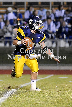 Courtney Caughey-Stambul/NEWS<br /> Shenango's Anthony Prestopine searches for an open receiver.