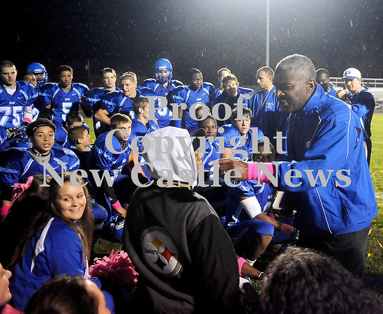 Courtney Caughey-Stambul/NEWS<br /> Union coach Stacey Robinson talks to his players and the team's cheerleaders following last night's victory.
