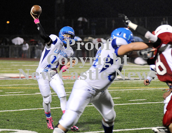 Courtney Caughey-Stambul/NEWS<br /> Union quarterback Joe Salmen throws the football last night against Neshannock.