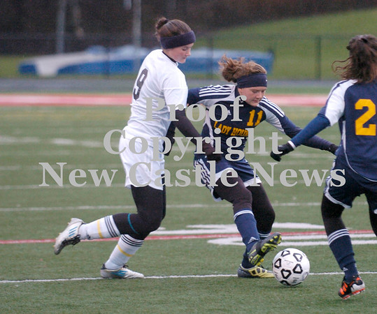 Erica Galvin/NEWS<br /> Anna Hartwell tries to protect the ball away from Fairview's Anna Maynard.