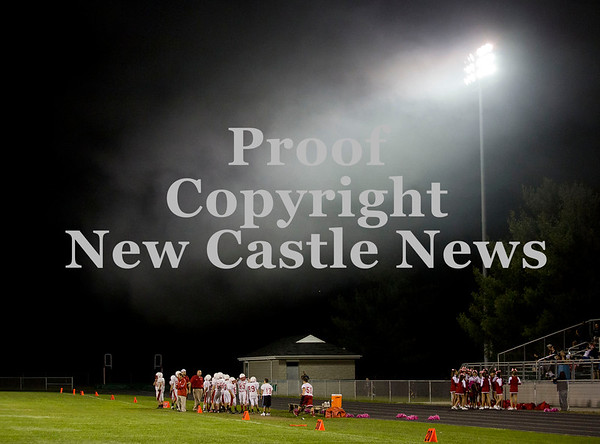 Scott R. Galvin / NEWS<br /> A cloud hangs over the Neshannock junior high football team during the third quarter of the championship game against Riverside.  Neshannock lost the game 6-59.