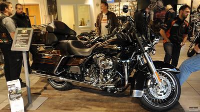 2013 models launch weekend, 13-14 Oct 2012
