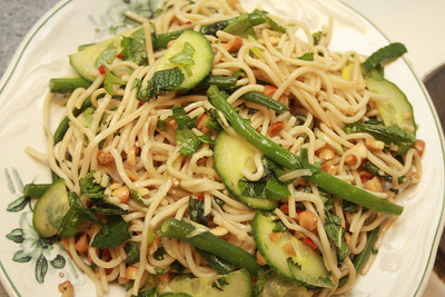 291112 Noodly Salad