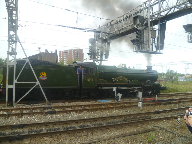 5043 Earl of Mount Edgcumbe, a GWR 4073 Castle Class, at Crewe with a railtour, 18/08/2012.
