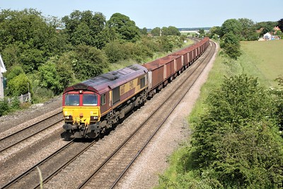 66117 1555/6T26 Immingham-Santon passes Knabbs Bridge