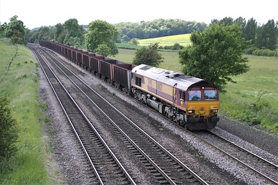 66121 1535/6K25 Santon-Immingham passes Knabbs Bridge