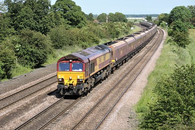 66187 1516/6c15 Immingham-Eggborough passes Knabbs Bridge