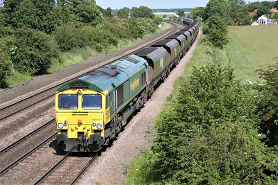 66547 1559/6R16 Immingham-Ferrybridge passes Knabbs Bridge