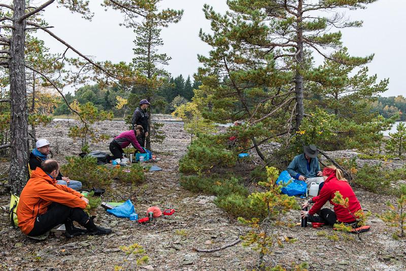 Lunch vid stenbrottet vid Vätöberg