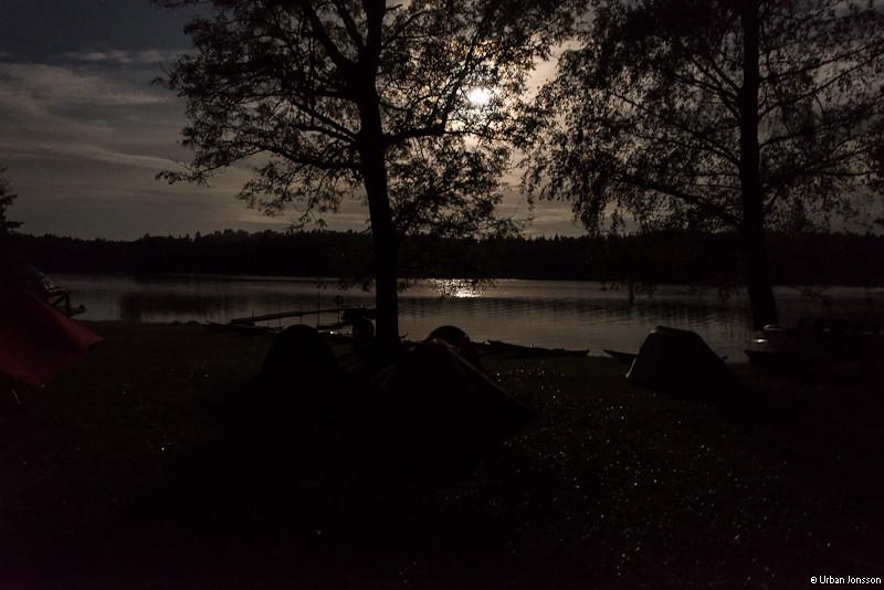 Efter kvällens regn fick vi ett riktigt fint månsken på sennatten, men de flesta såg det aldrig...
