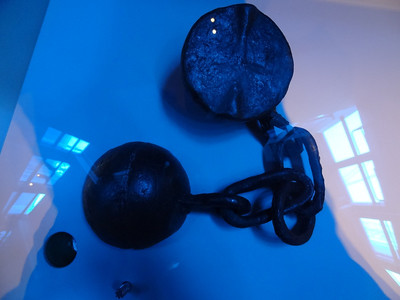 Stockholm, Sweden - Vasa Museum - Interesting split cannon ball, good for taking out the mast of the other ship.