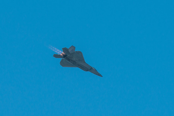 F22 afterburners