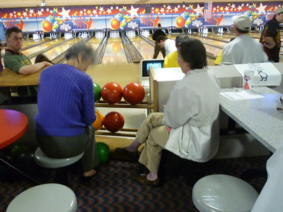 April 28 2012 bowling by Holberg A000200