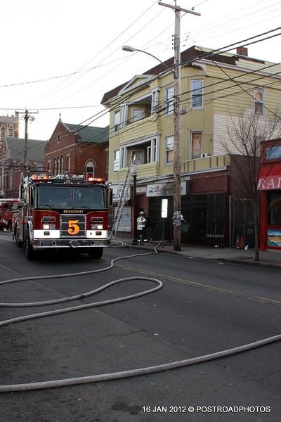 20120116-bridgeport-ct-building-fire-1317-east-main-st-101