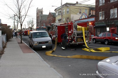 20120116-bridgeport-ct-building-fire-1317-east-main-st-100
