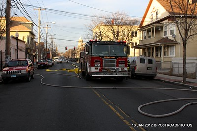 20120116-bridgeport-ct-building-fire-1317-east-main-st-119