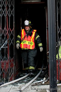 20120116-bridgeport-ct-building-fire-1317-east-main-st-117