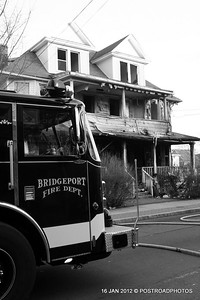 20120116-bridgeport-ct-building-fire-1317-east-main-st-120
