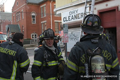 20120116-bridgeport-ct-building-fire-1317-east-main-st-114