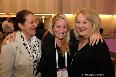 Beth McDonald (BCEC), Kathryn Creech (Moreton Hire), Julie McGraw (GEMS Event Management)