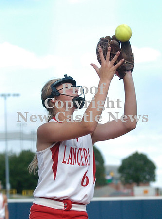 Erica Galvin/NEWS<br /> Madison Shaffer catches a foul ball for an out.