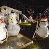 MET121012deming snowmen