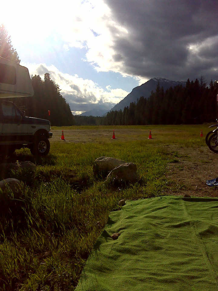 Thursday late afternoon we setup camp at the airport near Lake Wenatchee.