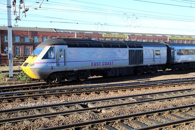 43308 on a Leeds service from Kings Cross approaches Doncaster Station.