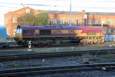 66096 0838/6e56 Tunstead-Drax passes Doncaster Station.