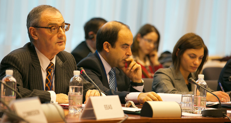 David O'Sullivan, Chief Operating Officer, the European External Action Service (left).