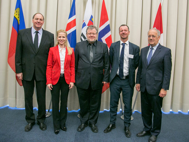 From left: Kristinn F. Árnason, Secretary-General, EFTA; Aurelia Frick, Minister of Foreign Affairs, Liechtenstein; Össur Skarphéðinsson, Minister for Foreign Affairs and External Trade, Iceland (Chair); Roger Ingebrigtsen, State Secretary, Ministry of Trade and Industry, Norway; and Johann N. Schneider-Ammann, Federal Councillor, Head of the Federal Department of Economic Affairs, Switzerland.