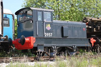 RH 4wDM 2957 (512572) in North Weald sidings.