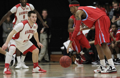 The Runnin Bulldogs on defense