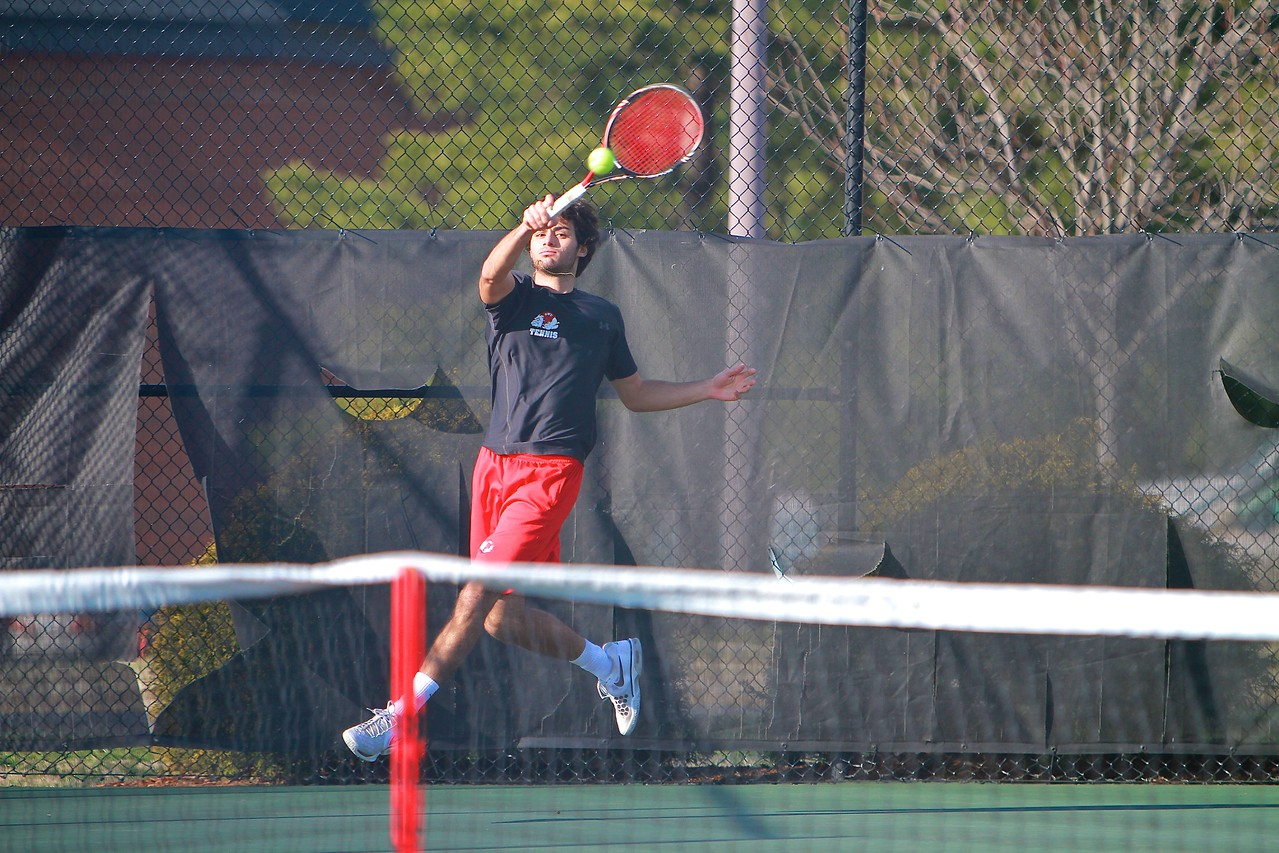 Men's Tennis vs Lees-McRae.