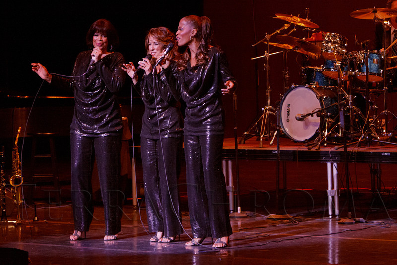 "S.T.A.R.S. Trio (Nadine Risha, Natalie Oliver-Atherton, Carolyne Fuqua).  ""Steppin' out with Ben Vereen,"" a concert benefiting Rocky Mountain PBS, at the Newman Center for the Performing Arts, Gates Concert Hall, in Denver, Colorado, on Friday, Feb. 3, 2012.<br /> Photo Steve Peterson"