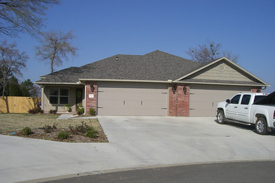 Exterior: 6116/6118 White Oak Circle, Fort Smith each side of duplex is 3/2 with 2 car garages