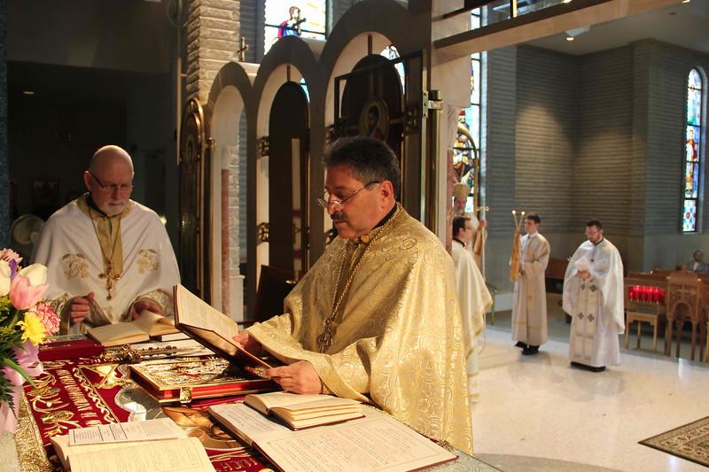 Fr. Cassis 20 Yr Anniversary (128).jpg