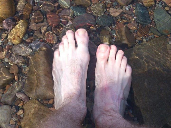 Day 4 Fort William - Tarbert<br /> Nothing much to report today other than my slowly growing addiction to irn bru. The picture is my feet cooling off in Loch Fyne. Across the Isle of Arran tomorrow so get to cycle on and off ferries. Cool<br /> Stats<br /> 93 miles<br /> Total so far 300 miles<br /> Cans of irn bru drunk today = 3 (so far)